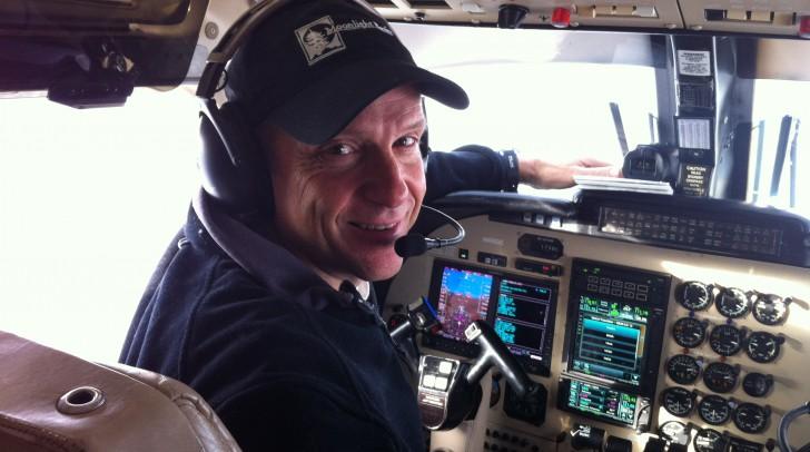 Mark Dziuban flies a 695B Commander 1000 updated with Garmin G600 and GNS750/650.