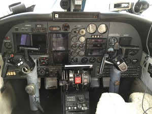 AA 690B avionics